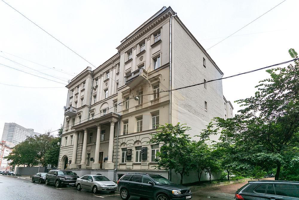 Большой Ржевский пер., 11